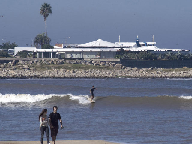 surf, Playa Pocitos, Montevideo